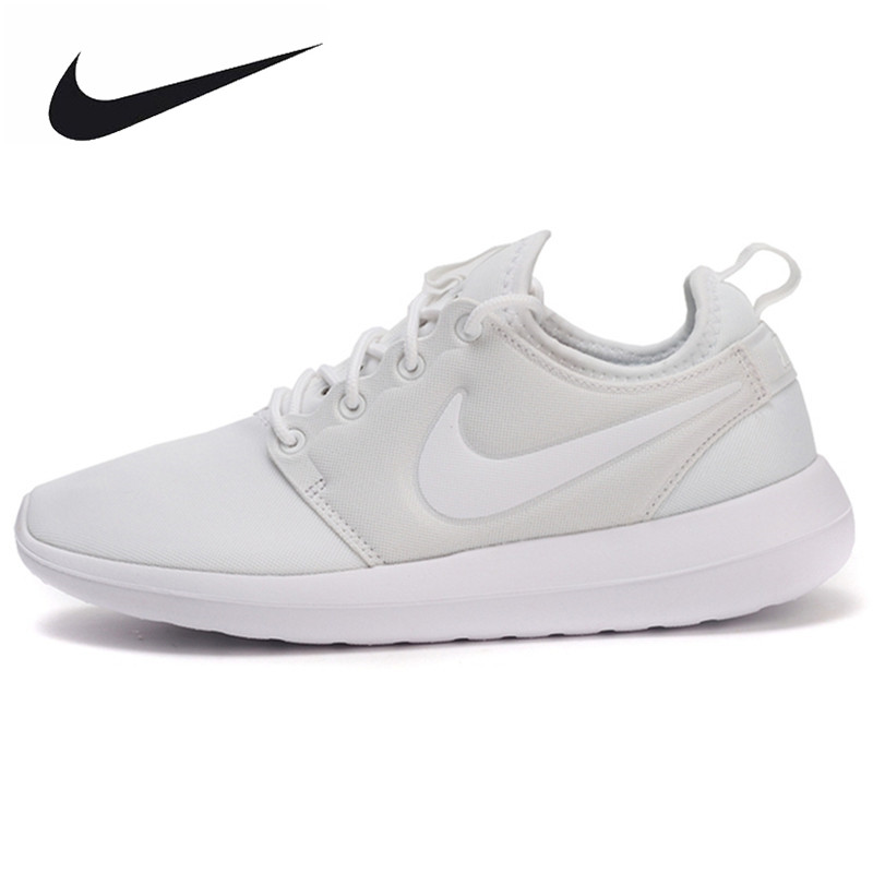 NIKE Breathable ROSHE TWO Women's Original New Arrival 2017 Skateboarding Shoes Sneakers 844931 nike original new arrival mens skateboarding shoes breathable comfortable for men 902807 001