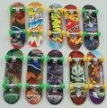 Los niños juguetes creativos de La Novedad De Aleación de camiones Diapasón de Mini Dedo skate tablas Dedo Skate para Niños Juguetes de Regalo