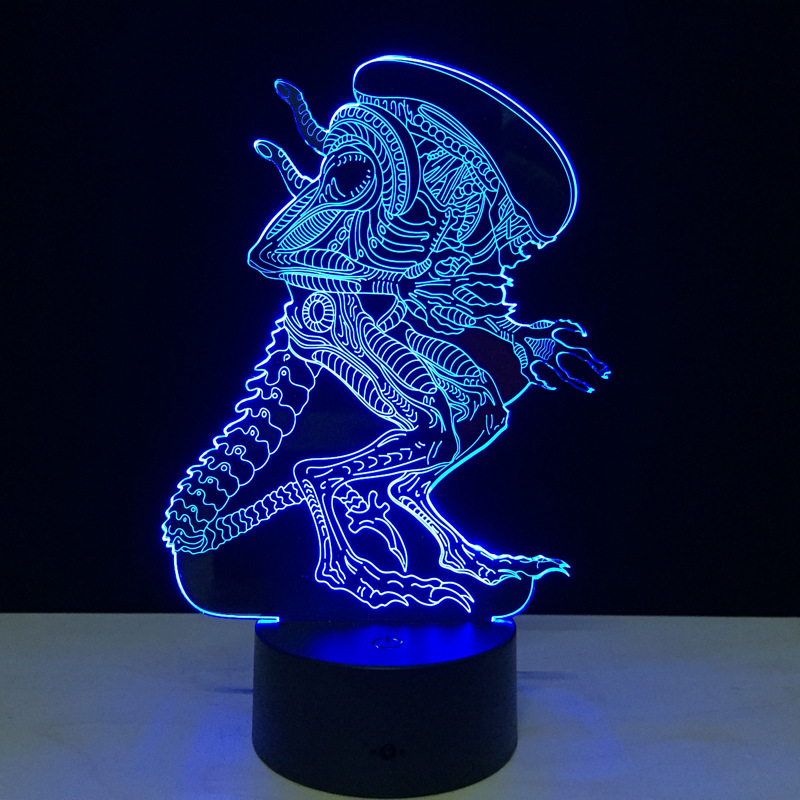 Alien 3D Led Night Light Rəngarəng Alien Queen Akril USB LED Masa - Gecə işığı - Fotoqrafiya 3