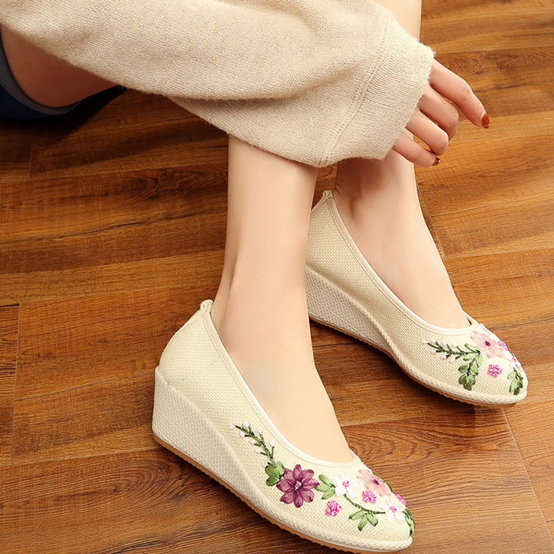 Shose Women Hanfu Shoes Canvas Embroidery Shoes Chinese Ancient Shoes Chinese Traditional Dance Shoes