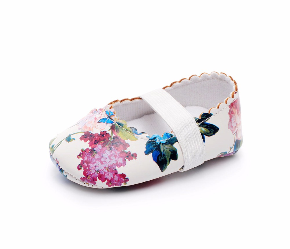 New-Designs-Princess-Dance-baby-Ballet-shoes-Cow-leather-soft-sole-Baby-Moccasins-Newborn-Crib-Maryjane-Girls-First-walkers-1