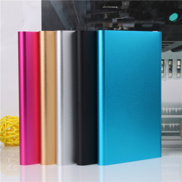 2018 New Style Slim Power Bank 8000mAh USB External Backup Battery Charger PowerBank for all phone Battery Charger Cases