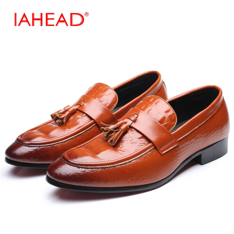 2017 Autumn Men Casual Shoes Flats Fashion Slip On Shoes Plus Size 38-48 Moccasins Leather Shoes Driving Work Shoes MQ505 klywoo plus size 38 46 men loafers leather shoes fashion mens casual driving boat shoes slip on handmade new shoes men moccasins