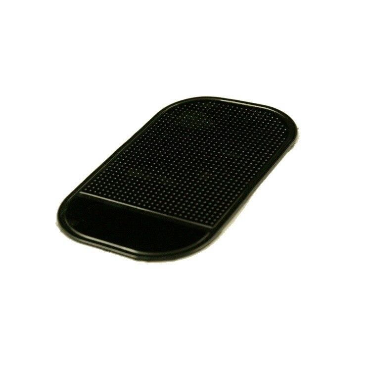 2018 Promotion Direct Sales Car Antiskid Pad Super Strong Suction Vehicle Anti Slip Mobile Phone Anti-skid Cushion