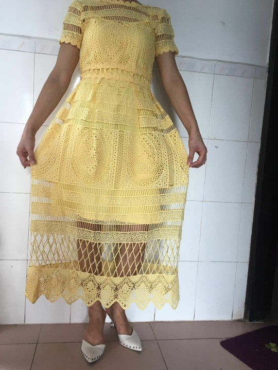 Summer New Korean Temperament Lace Collar Waist Openwork Lace Big Swing Long   Holiday Dress Female  Solid  Mesh photo review