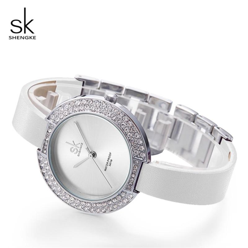 Shengke Armbanduhr Frauen Luxus Kristall Damen Quarzuhr Reloj Mujer 2019 SK Mode Leder Frauen Armband Uhren # K0030L