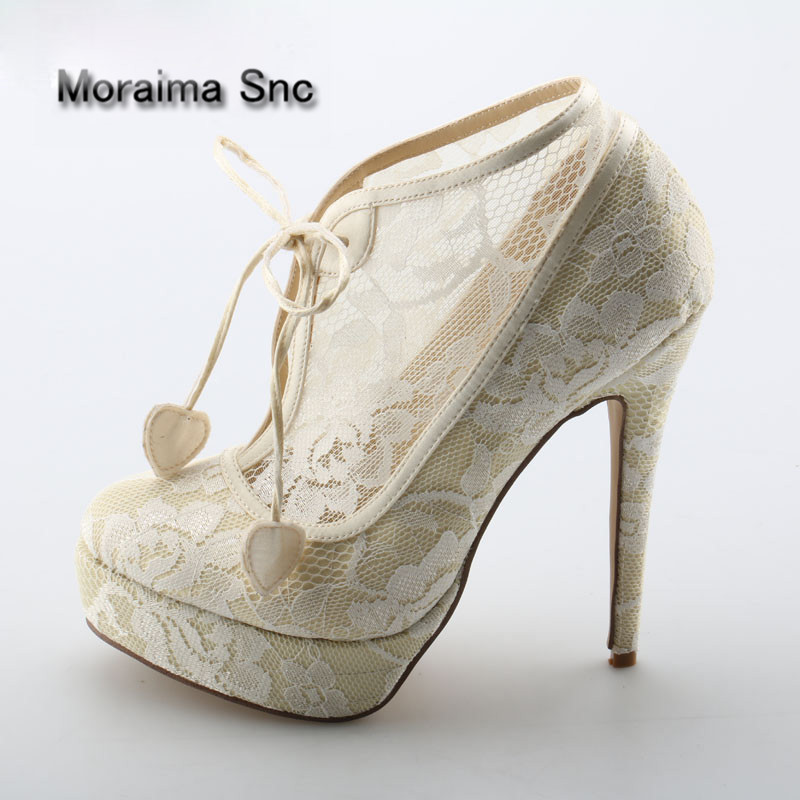 Moraima Snc dames Elgant Beige Floral dentelle plate-forme bottines femmes minces talons hauts coeur à lacets bottes courtes chaussures de mariée