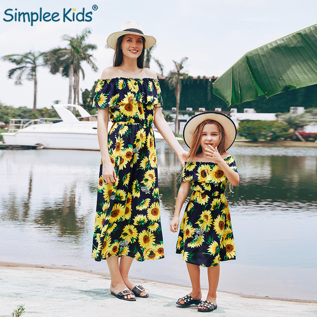 c41866f5dd Mother and Daughter Clothes 2019 Parent-child Dress Family Matching Outfits  Mom Baby Girl Sunflower Pattern Long Sleeeve Dresses