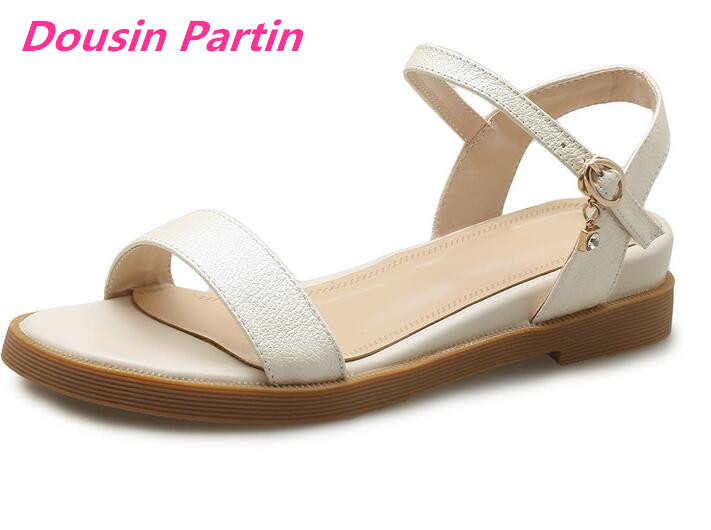 Dousin Partin 2019 Women Sandals Black PU Leather Fashion Women Shoes Platform Square Low Heel Round