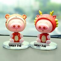Lindo Lucky Chinese Zodiac 12 Animales de Juguete Vehículo Sacudiendo Muñeca Artesanías de Decoración Interior Del Coche Para Auto Ornamet Mobil Phone Holder