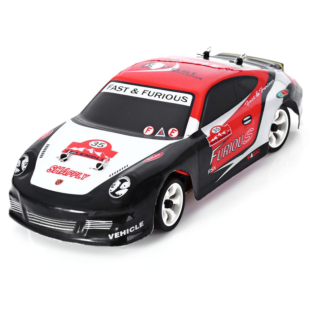ФОТО 30KMH Wltoys K969 1/28 2.4G 4WD Remote Control Car Electric RC Car RTR Version High Speed Drift Car Toy for Children