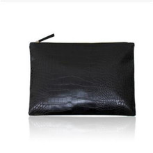 Explosions womens hands in Europe and the United States envelope  clutch crocodile pattern cross-border bag
