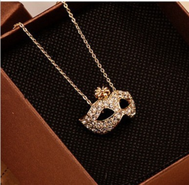 Free shipping (min.order is $5 )   the necklace with a flower and mask long sweater necklace woman cheap jewelry wholesale