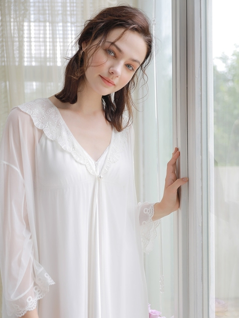 46bf607ab6deb US $51.98 22% OFF|Robe Ladies Vintage Lace Nightgown Set Sleepwear Gown  Robe Set Goddess Women Dress Medieval Europe Style Nightgown Female-in Robe  & ...