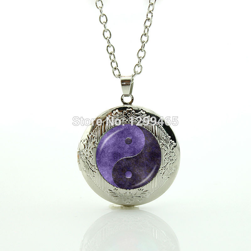 Tai sun and moon Yin Yang locket pendant Chinese Taoism sign ancient Eight Diagrams jewelry your finish choice N 929