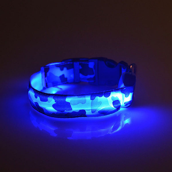 Pet Dogs Collar Camouflage LED Collar Safety Night Lighted Up Nylon LED Collar Supplies Pets