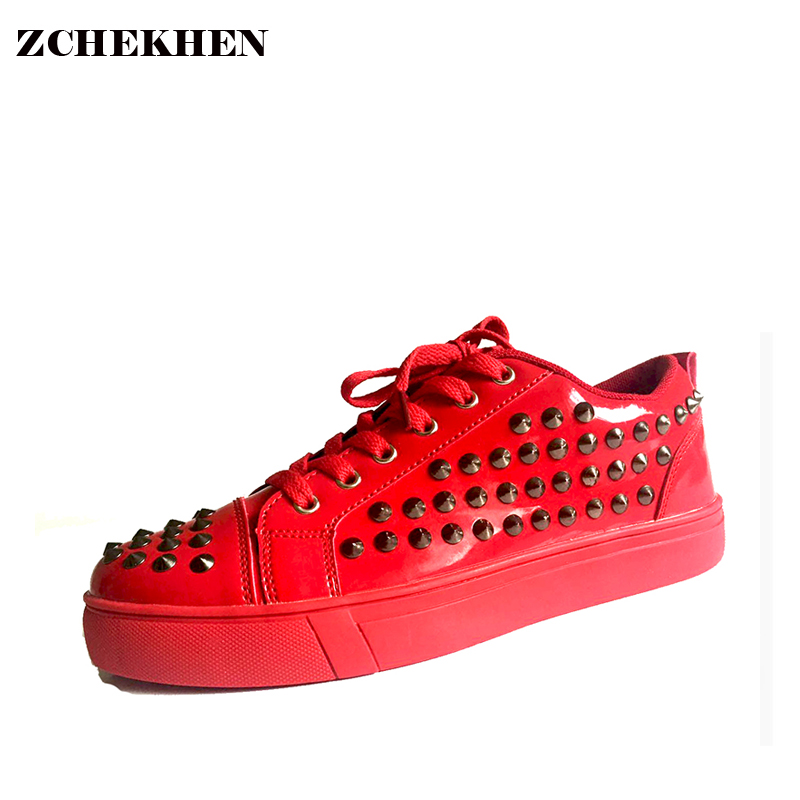 Patent leather Men Casual punk Rivet kanye west Shoes blue Red Lace Up Flats Waterproof Shoes GZ New Fashion Student Trainers 2016 hot low top wrinkled skin cockles trainers kanye west chaussure flats lace up mens shoes zapatos mujer casual shoes