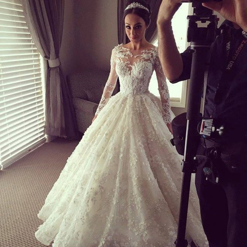 Vintage Lace Long Sleeve Wedding Dress Luxury See Through Tops