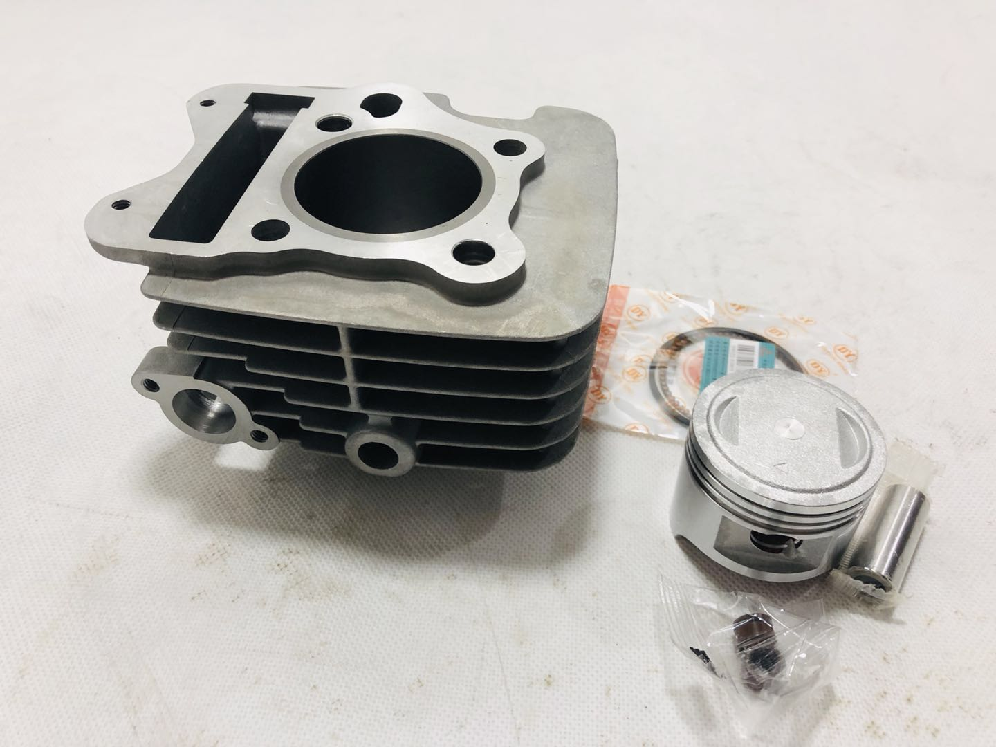 QS110 53 5MM Motorcycle Cylinder Kits With Piston