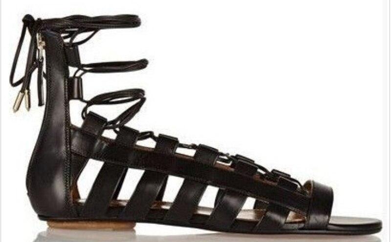 2017 Nova Salto Plana Sandálias Gladiador Sandalias Mujer Mulheres Sapatos de Verão Senhoras Confortáveis Sapatos Lace up Oco Meninas Namoro