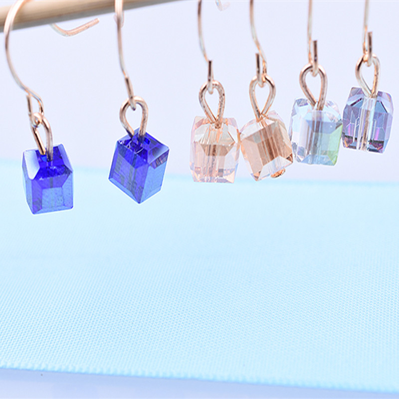 2018 new Fashion Earrings For Woman Jewelry wholesale Imitation Rhodium/Gold Color Hot Sale Colorful Cube Crystal Stud earrings