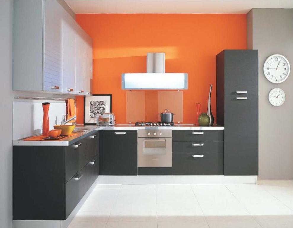 Cucina moderna grigio scuro in Cucina moderna grigio scuroda Mobili ...