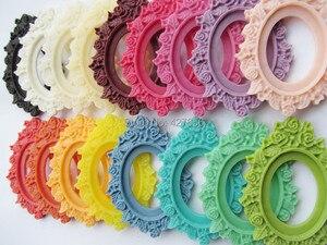 Image 3 - 100 adet 17 Renkler Oval Flatback Reçine Çerçeve Charm Bulma, Telkari Çiçek Sınır Taban Ayarı Tepsi, 30x40mm Cabochon/Cameo