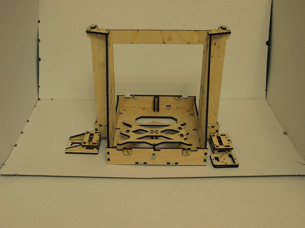 3D-Printer-Reprap-Mendel-Graber-I3-Frame-Laser-Cut-6mm-PlyWood-Screws-kit-set-6mm-thickness (1)