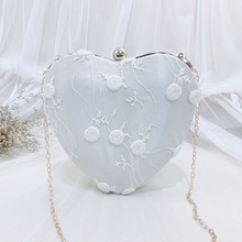 Angelatracy 2019 New Arrival Hand-held Banquet Fairy Bag Chain Chinese For Full Dress Cheongsam Lady Heart Shaped Messenger Bags недорого