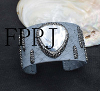 Freshwater Pearl White Shell Drop 7 5inch Unique Style FPPJ Bracelet Wholesale Beads Nature Black