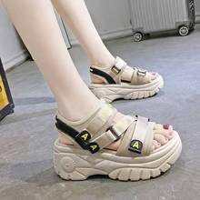 Wedges Wanita Loop Hook
