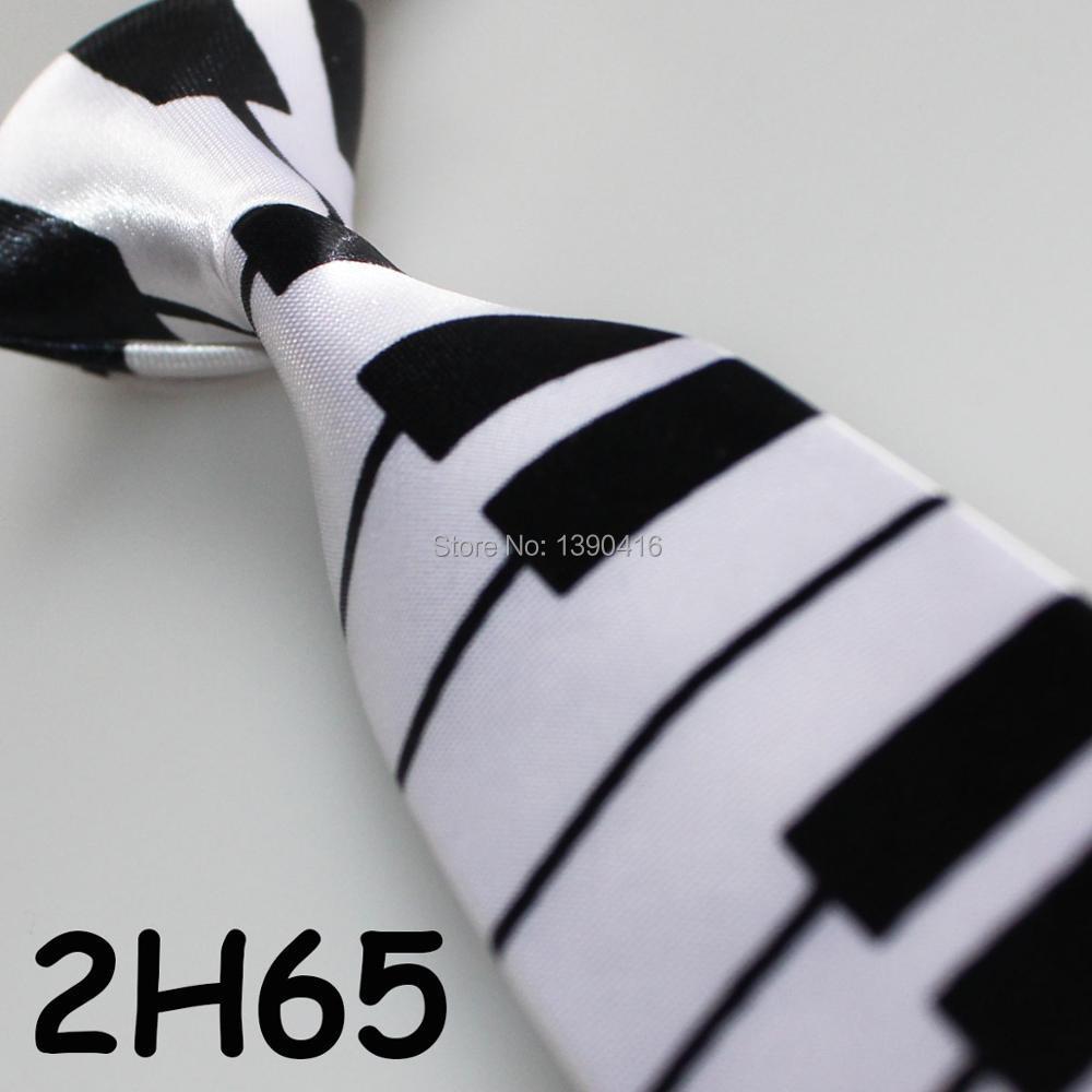 XINCAI Heavy discount ! High sales ! 2018 Latest Style Popular/Good Quality/Fashion White/black Piano pattern men dance neckties