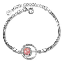 Natural strawberry crystal trick peach bracelet female simple personality student Sen pink jewelry