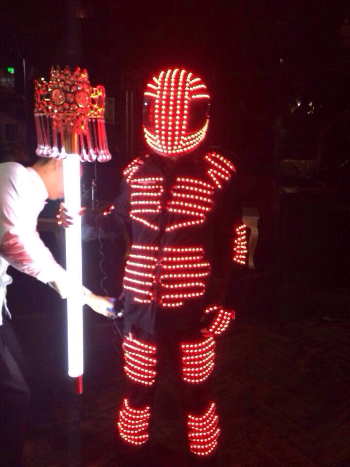 Бесплатная доставка DHL, сценические светодиодные криоман роботы костюмы el product