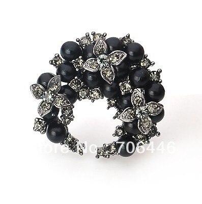 Gun Black Plated Black Pearl Rhinestone Crystal Diamante Flower Wreath Pin Brooch