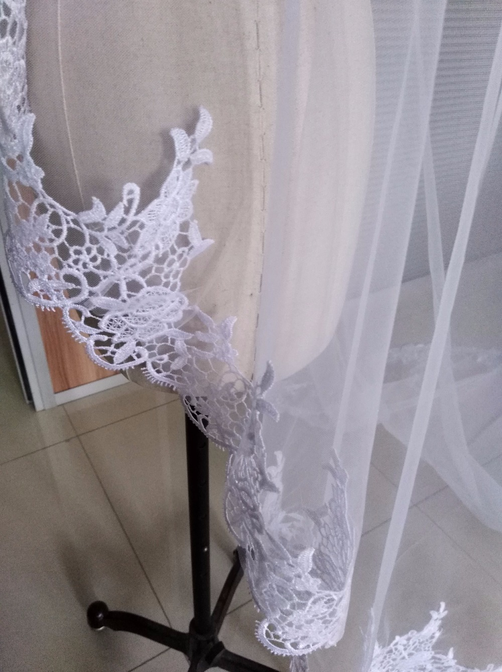 Hot Sale 2018 Wedding Veil Lace Cathedral wedding accessories White Ivory 3 M Cheap Long Voile Marriage Bridal Veil Without Comb 3