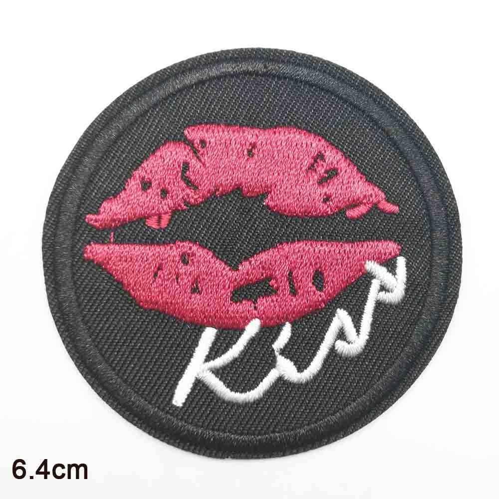 Bacio Lettere Parole Romantico Ferro sul Panno Ricamato Vestiti di Patch Per Abbigliamento Ragazzi Delle Ragazze All'ingrosso