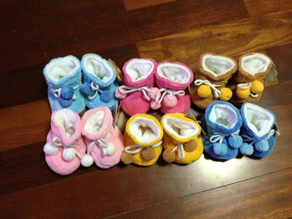 kid shoes tenis bebe Infant toddler shoes Spring and autumn baby warm velvet shoes Small ball velvet shoes
