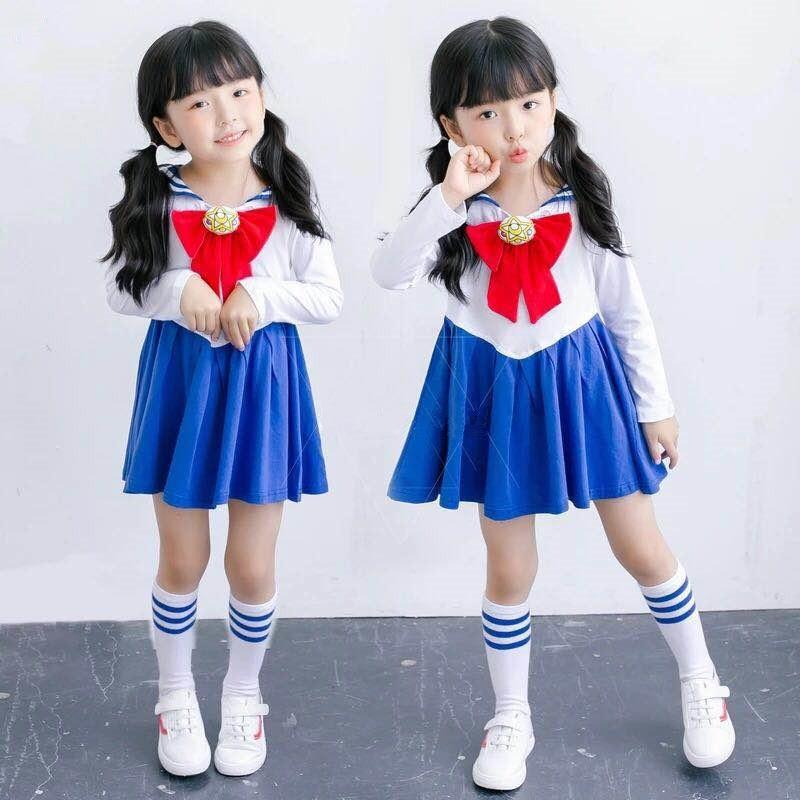 Iskolás gyerekek Baby Girl Sailor Moon nyomtatott ruha Bowknot Kawaii aranyos gyerekek Navy gallér rajzfilm fél rakott ruhák 1-7Y