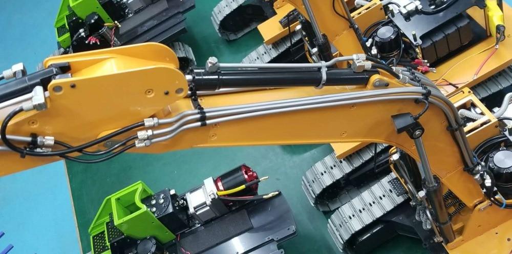 1/14 RC Metal Hydraulic Excavator 946 - arm