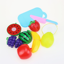цена на 8Pcs/Set Plastic Fruit Vegetables Cutting Toy Early Development and Education Toy for Baby kids Kitchen toys Plastic food toy