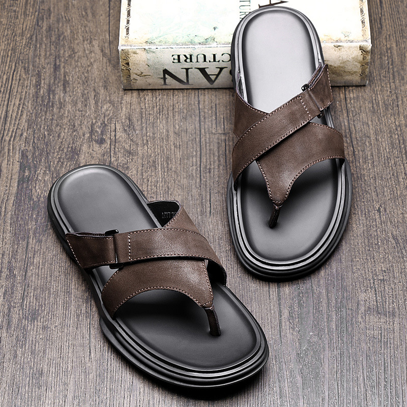 slippers Mens Summer 2019 new Korean version personality Genuine Leather flip flops Men Soft soled Beach Shoes flip flop sandals in Flip Flops from Shoes