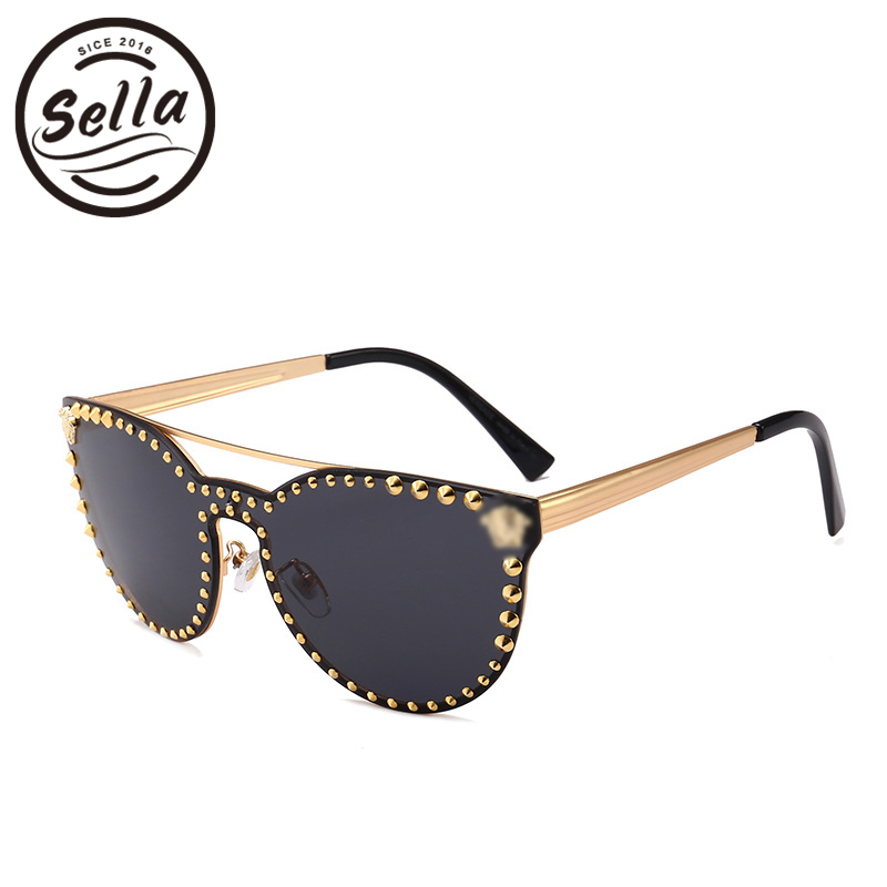 ae199277dd Sella High Quality Super Fashion Women Men Retro Cateye Nail Decoration  Mirror Lens Sunglasses New Arrival Trending Punk Glasses-in Sunglasses from  Apparel ...