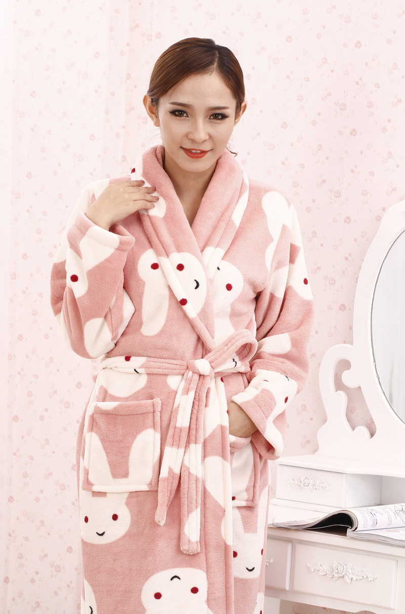 Beautiful Dressing Gowns Women Elaboration - Wedding and flowers ...