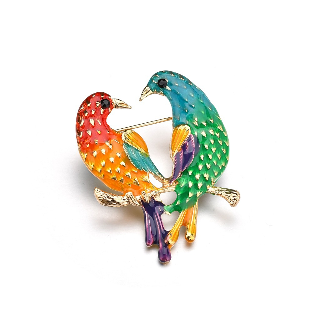 Vintage Dual Oriole Bird Parrot Brooches Alloy Brooch Pin Garment Accessories Banquet Brooch Gift For Women Gift gold earrings for women