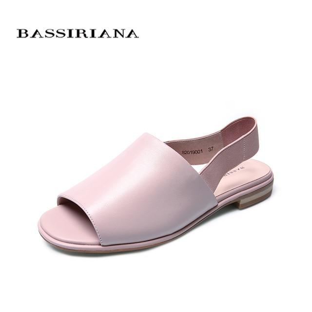 Bassiriana/Новые 2018 натуральная кожа овчины на плоской подошве летние сандалии женская обувь розовый эластичный ремень обратно 35-40 размер Бесплатная доставка