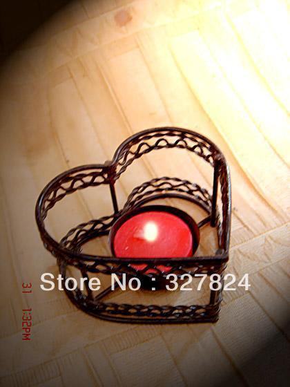 free shipping hot sales Heart-shaped metal candle holders  for Candlelight dinner decorative wedding 8cm*4cm simple and modern