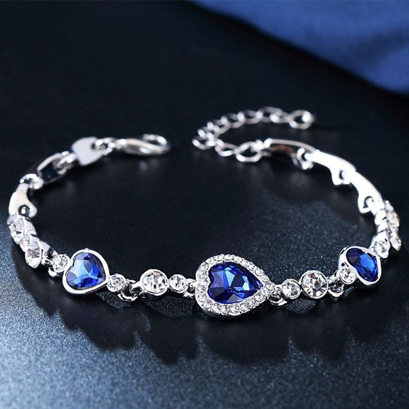 1pcs New Listing Classic Love Crystal Silver Fashion Bracelets Korean Jewelry Womens Gift Wholesale Women Wedding Jewelry Charm Bracelets