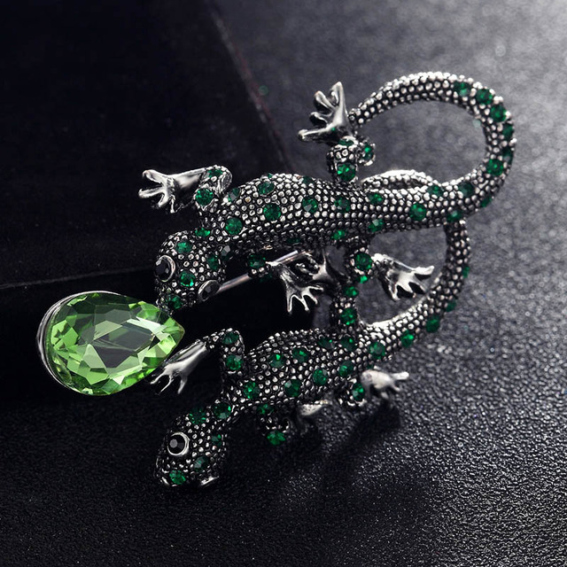 fashion Men s vintage brooches jewelry red green Lizard gecko pin brooch  for men shiny rhinestone crystal hijab pins accessory 61a6e7606b15