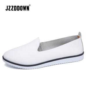Image 1 - עור אמיתי נשים של קיץ בלט דירות נעלי גבירותיי לנשימה בד אמא נעליים מקרית Sneaker ופרס אופנה הנעלה